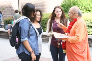Georgia State University Students interacting with Shrila Maharaj